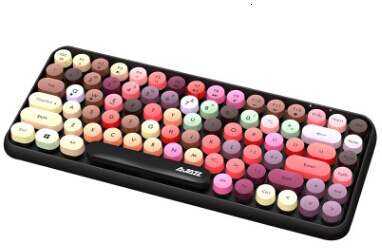 Retro Styled Bluetooth Keyboard